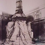 Wrapped Monument to Leonardo